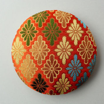 "Golden kimono fabric brooch 4"" inches, handmade Japanese fabric pin back, Kawaii accessory, japanese brocade fabric pin,"