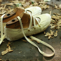 Upturned Toe Dark Ivory Silk Slippers with Six Eyelets by uku2