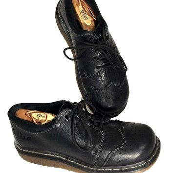 Dr. Martens 11664 Wingtip Black Oxfords England Low Profile Shoes Boots Womens 8 - Preowned