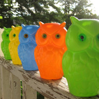 Vintage 1960s Wise Old Owl Colorful Hanging Party by corrnucopia