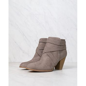 final sale - a rare braid taupe suede booties