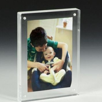 5 x 7 Magnetic Picture Frame for Tabletop, Double Sided Box - Clear Acrylic 19185
