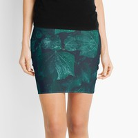 'Dark emerald green ivy leaves water drops' Mini Skirt by PLdesign
