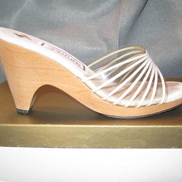 Vintage Wedge Sandal, White Vinyl With Wood Wedge, Size 5.5, Ladies Sandal, Vintage Wedge, Women's Sandals, Original Box, Ladies Shoe