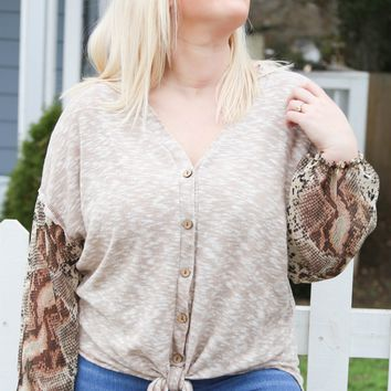 Slightly Extra Top, Taupe