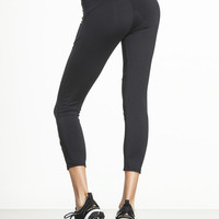 Racebreak Capri Legging by SOLOW - BOTTOMS & CAPRI