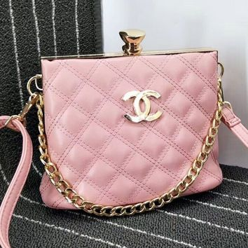 Chanel Diamond Lock Metal Chain Pu Chain Shoulder Women Shopping Bag B-OM-NBPF Pink