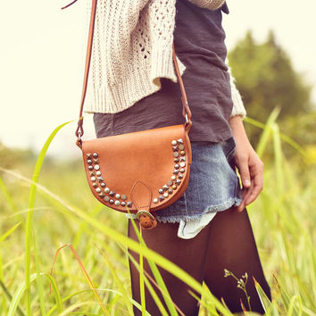 Studded Vegetable Tanned Leather Purse - Brown