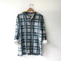 vintage plaid henley. henley pullover shirt. thermo shirt.