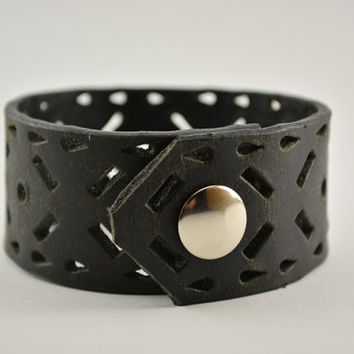 Upcycled black leather cuff, mens black leather cuff, unisex black leather cuff, diffuser bracelet