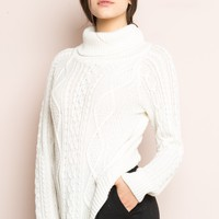 SONIA TURTLENECK SWEATER