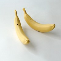 Bananas salt & pepper shakers