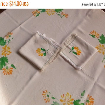 Vintage Silkscreen Floral Square Tablecloth Napkin Luncheon Three Piece Set