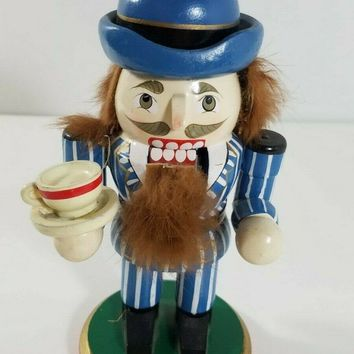 6 inch nutcracker with coffee cup 92763