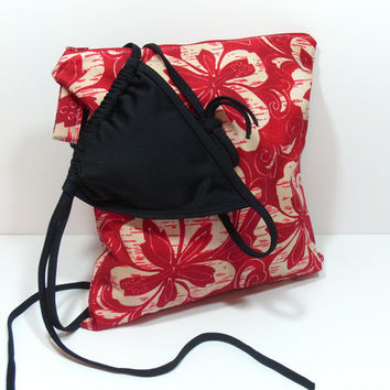 Red Beach Wet Bag, Toiletry Bag, Gym Wet Bag, Bag for Pool, Red Floral Bag, Bathing Suit Wet Bag, Camping Wet Bag, Travel Wet Bag
