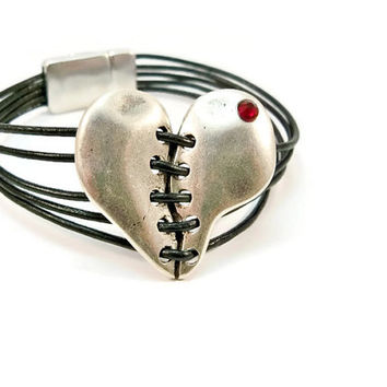 Black Leather Women's Bracelet, Silver Stitched Heart, Magnetic Clasp, Black and Silver Bracelet, Leather Bracelet, Multi Strands
