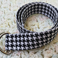 "Baby or toddler black and white houndstooth belt, fits up to 22"" waist"