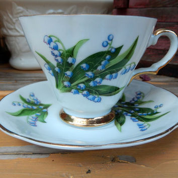 Lily of the Valley Teacup & Saucer / Hand Painted Lefton China Teacup
