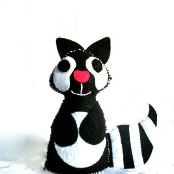 Raccoon Felt Animal Sinbad by RopeSwingStudio on Etsy