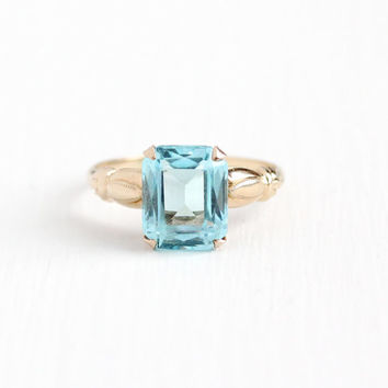 Vintage 10k Rosy Yellow Gold Simulated Aquamarine Ring - 1940s Size 7 Light Aqua Blue Emerald Cut Glass Stone Signed Esemco Fine Jewelry