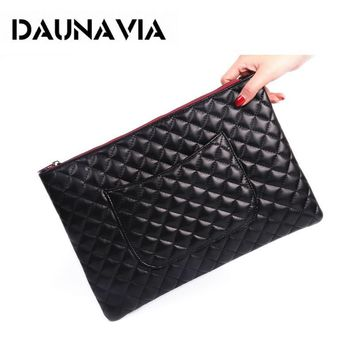 2017 New PU Leather Envelope Clutch Bags Cartoon Printing Day Clutches Purse Small Chain Bag Women Cross body Bag for Girl Wrist