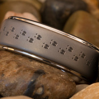 Tungsten Ring 8mm 1-Step Pipe Matte Finished Deer Tracks Design
