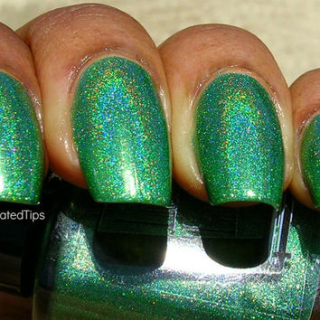 Green Gables Full Size Holographic Nail Lacquer : Green Gables collection