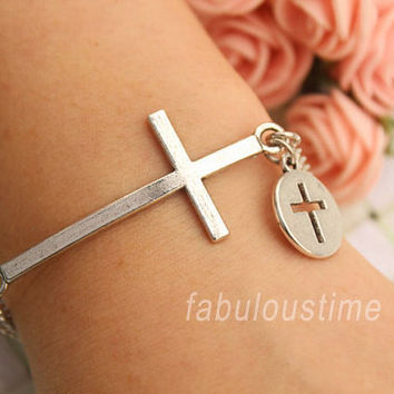 cross bracelet,retro silver big cross with hollow out little cross bracelet,alloy chain bracelet---B315