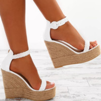 Hot style hot selling ultra high heel waterproof platform buckle strap sandals