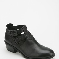 Vagabond Yenice Cutout Ankle Boot - Urban Outfitters