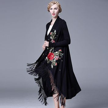 Top Quality 2016 Winter Designer Ladies Elegant Heavy Peony Embroidery Tassel Long Sleeve Loose Kniited Trench Charming Shawl
