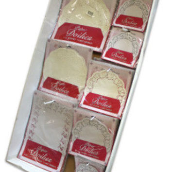 paper lace doilies display Case of 240