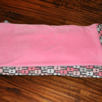 Nap Mat - NEW Monogrammed Groovy Guitars in Petal Nap Mat with Pink Double-sided Minky Blanket