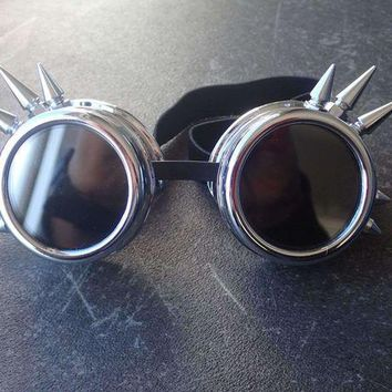 ONETOW NEW Fashion Silver Steampunk Goggles Spikey Burning Man Costume Cosplay Gothic Punk  Safety Goggles