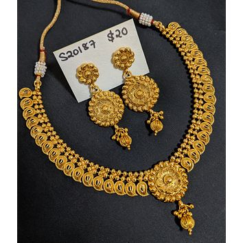 Gold imitation Traditional Mango design Choker Necklace and Earring set