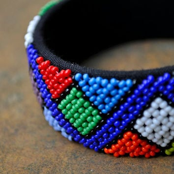 Beaded Cuff Bangle (African traditional, Multicolored, Zigzag pattern)
