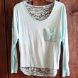 LACEY PETALS TOP IN MINT