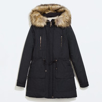 Long water repellent parka with detachable fur
