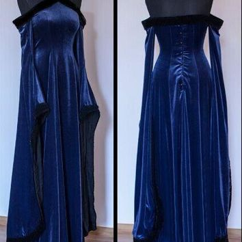 Women's Medieval Velvet Off Shoulder Dress Elegant Renaissance Gown