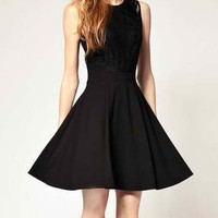 Black Cut Out Sleeveless Zippered Dress
