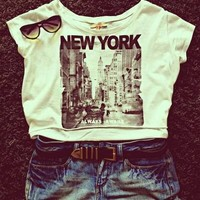 #new york#t-shirt#shorts#fashion#glasses