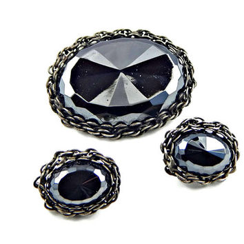 Alice Caviness Chunky Black Faceted Glass Brooch and Earrings Set Gunmetal Chain Trim Signed