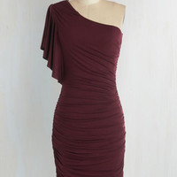 Mid-length One Shoulder Sheath Tasting Room Dress in Wine