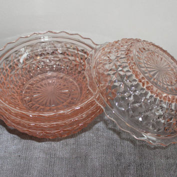 Jeanette Holiday Buttons and Bows Pink Depression Glass Bowls (Set of 4) - Pink glass, vintage dinnerware, fruit bowls, dessert bowls