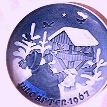 Bing and Grondahl Plate Christmas 1967 Blue and White Plate Child feeding Birds