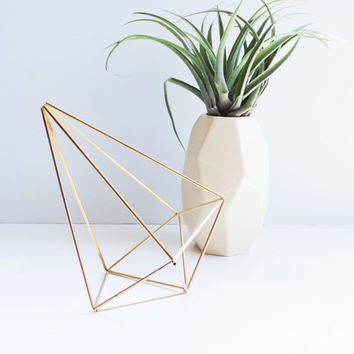 Himmeli fig. 7 - Brass Teardrop | Modern Minimalist Geometric Hanging Ornament, Mobile, and Air Plant Holder
