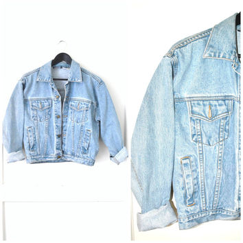 light wash DENIM jacket vintage 80s 90s GRUNGE faded out pale relaxed fit JEAN jacket small medium petite