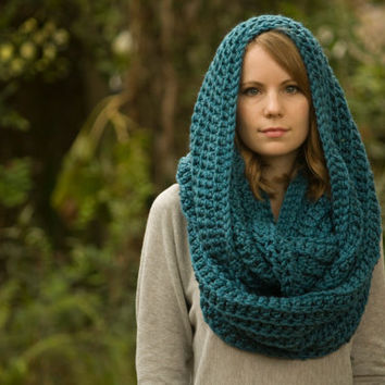 Ocean Blue Infinity Scarf, Chunky Scarf, Oversized Circle Scarf