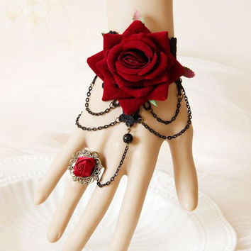 Baroque Flower Design Bracelet