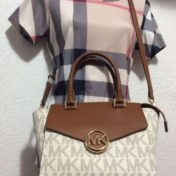 DCCKLO8 NWT $368 Michael Kors Hudson Vanilla Satchel Crossbody Strap AUTHENT leather mk